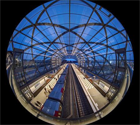 U-Bahn Station Elbbrücken mit Circular Fisheye