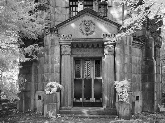 Friedhof Ohlsdorf - Mausoleum Höpfner