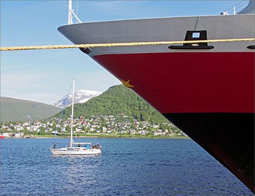 Norwegen Tromsø Hurtigrutenschiff Polarlys (2015)