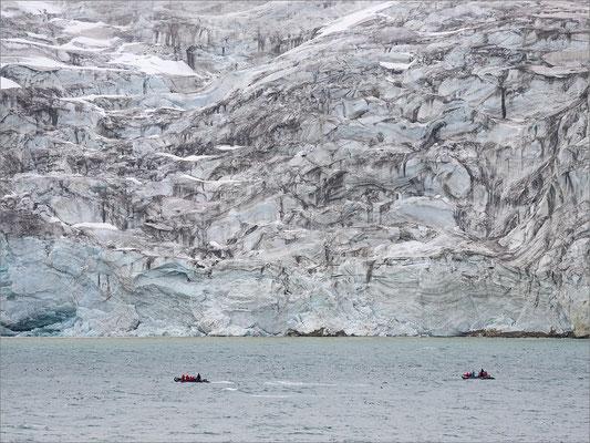 Alkefjellet Gletscher Zodiac