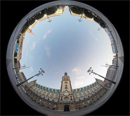 Rathaus mit Circular Fisheye