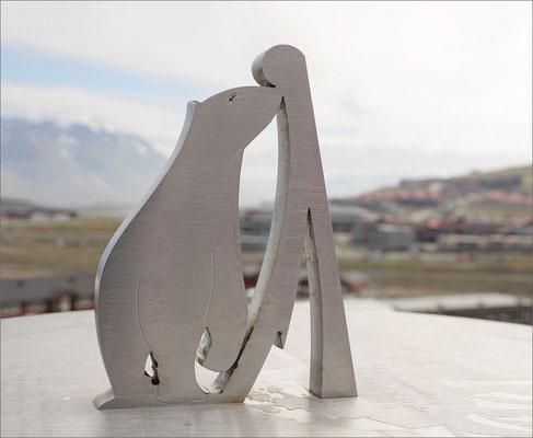 Longyearbyen - Eisbär Sonnenuhr