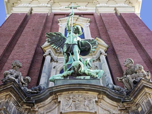 """St. Michaelis """"Michel"""" Hauptportal"""