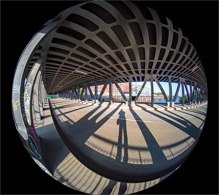 Oberhafenbrücke mit Circular Fisheye