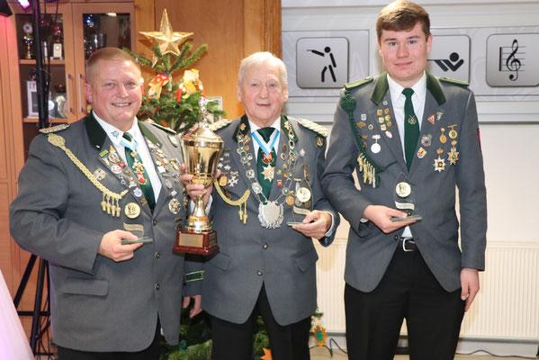 von links: 2. Platz Thomas Langanki, Sieger Peter-Sussek-Pokal Bodo Hahn, 3. Platz Fabian Stradtmann