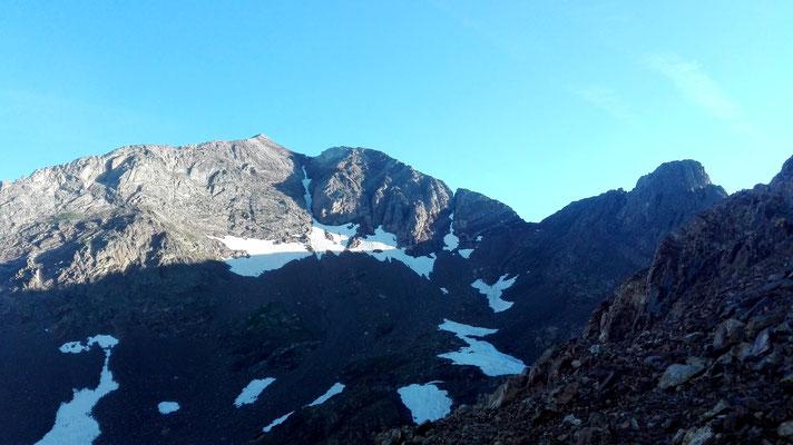Pico Arnales y Picos de los Infiernos