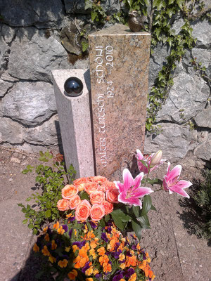 Grabstein / Granit / Gneis Nr. 17