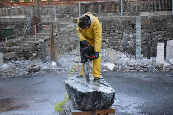 Brunnen aussägen-Steinmetz-Schweiz