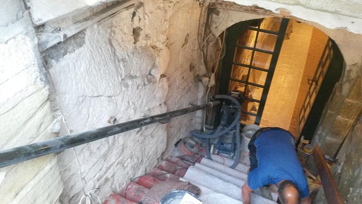 Natursteinarbeiten, Steinmetz, Kellersanierung