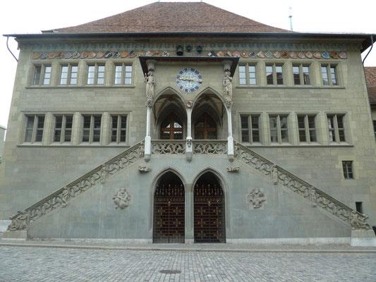 Rathaus Bern, Masswerktreppe, Steinmetzarbeit