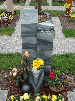 Grabstein / Kalkstein Nr. 76