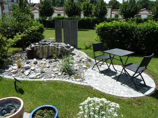 Gartengestaltung mit Brunnen