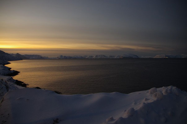 in Hammerfest Blick aufs Meer...