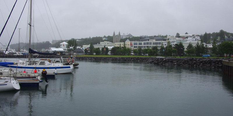 bei Regenwetter in Akureyri