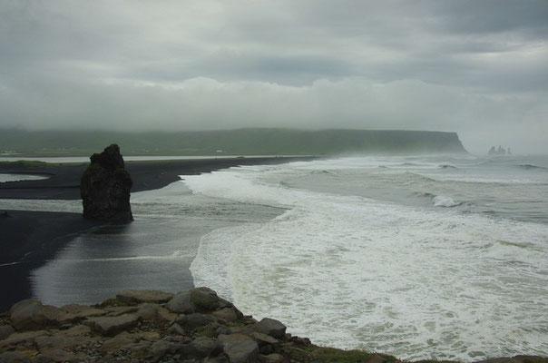 der Strand von Dyrholaey