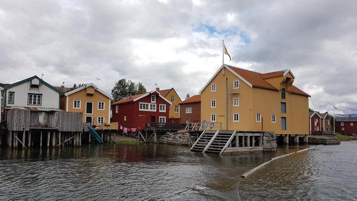 Häuser in der Altstadt am Fluß