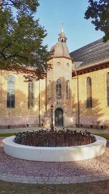 Denkmal an der Domkirche