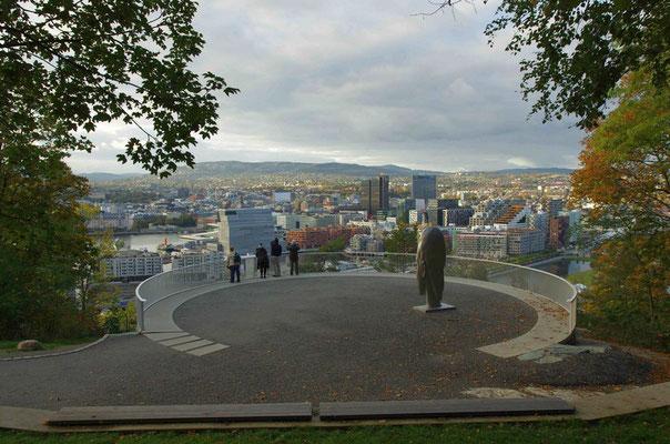 Blick vom Ekebergpark auf die Stadt