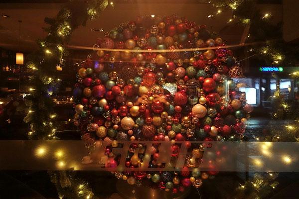 weihnachtliche Schaufensterdeko in Tromsø