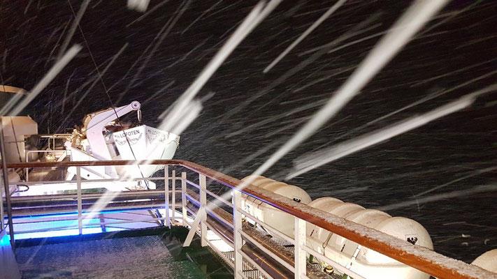 Schneetreiben kurz vor Øksfjord