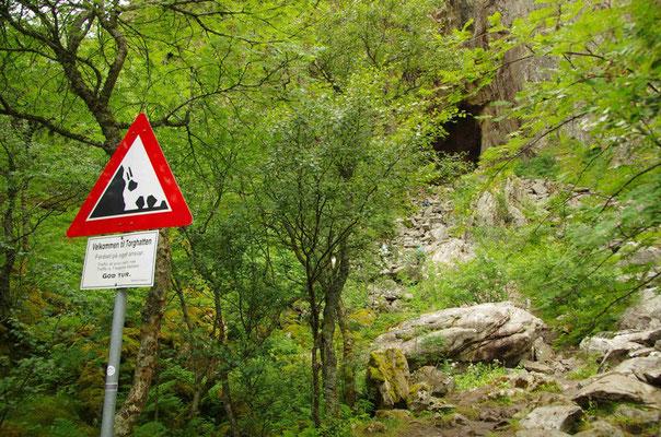 Aufstieg zum Loch des Torghatten
