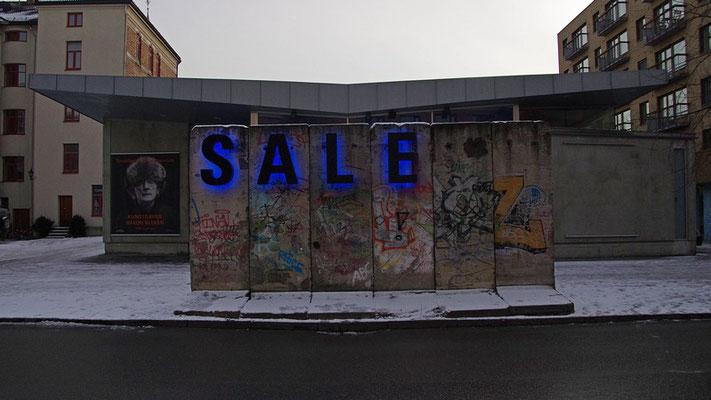Berliner Mauer vor dem Kunstmuseum Gråmølna