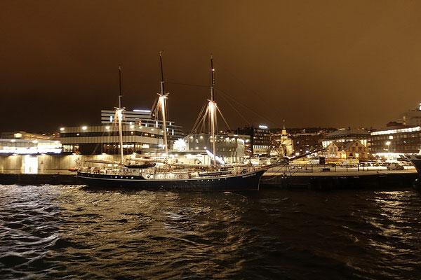 Ankunft Tromsø kurz vor Mitternacht