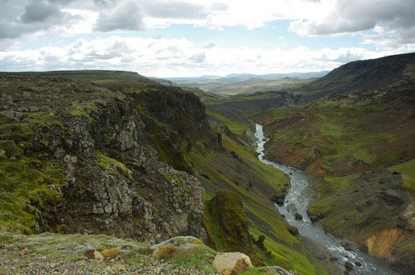 Blick in Tal auf der anderen Seite des Hainfoss