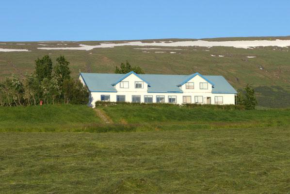 unsere Unterkunft am Lagarfljot mitten im Grünen