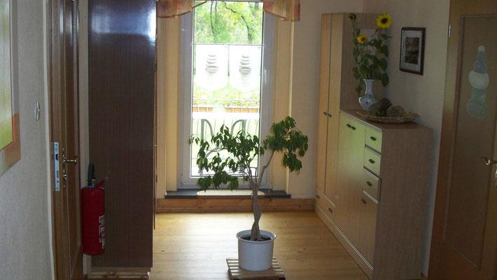 Diele und Eingangsbereich zu Wohnung 2+3