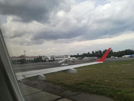 Angekommen am Flughafen in Odessa