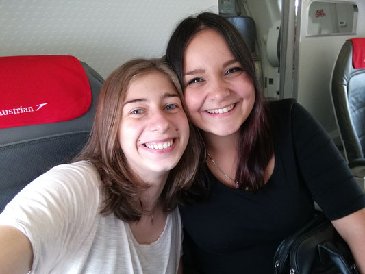 Christin und ich im Flieger