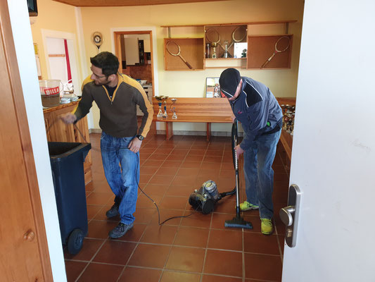 Reinigung Clubhaus