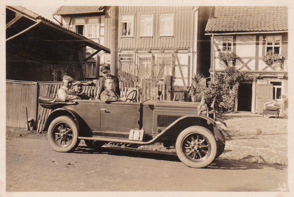 Eines der ersten Autos in Altenrode (Auf der Heide): Typ, Eigentümer, Personen gesucht