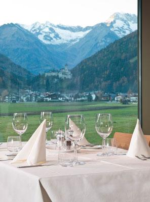 Genuss pur im Restaurant Regebogen in der Cascade in Sand in Taufers - für Ihren besonderen Genuss-Urlaub im Tauferer Ahrntal in Südtirol - ganzjährig buchbar bei Appartements Großgasteiger in fünf schönen Ferienwohnungen