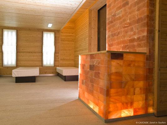 Ruheraum mit Wasserbetten im Saunabereich der Cascade Sand in Taufers (c) in der Ferienregion Kronplatz