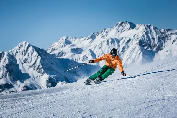Winter©TVB Tauferer Ahrntal-Hansi Heckmair - Der perfekte Carvingschwung im Skigebiet Klausberg im Ahrntal
