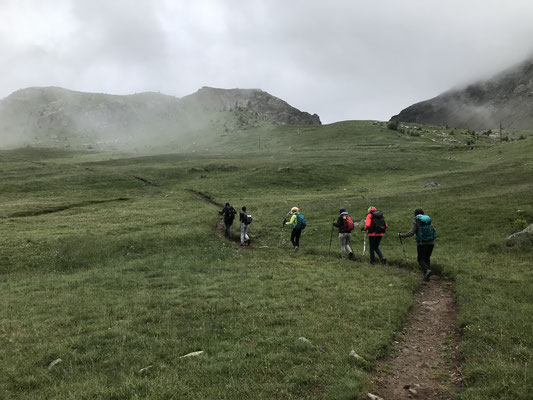 Départ pour le Mont-Pelas