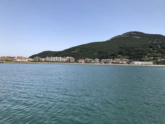 Seconde traversée pour Santoña, ville de pécheurs (notamment pour l'anchois).