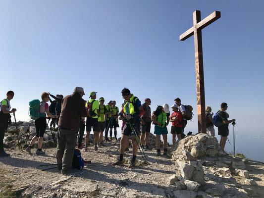 Arrivée à la croix de Marseilleveyre