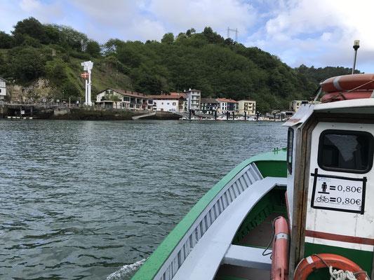 Première traversée en bateau à Puerto de Pasajes.