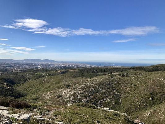 Nous nous éloignons de Marseille