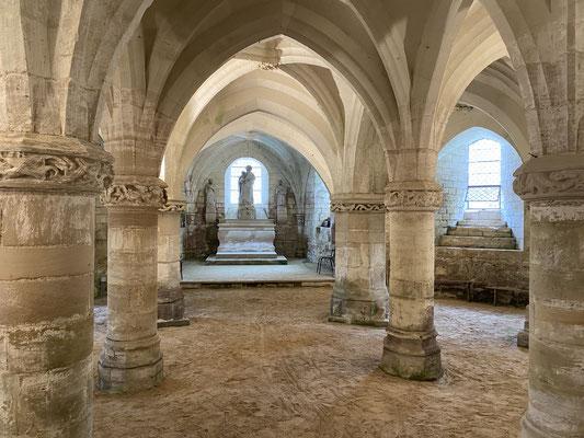 La crypte de Rosnay-l'Hôpital sur laquelle est construite la nouvelle église