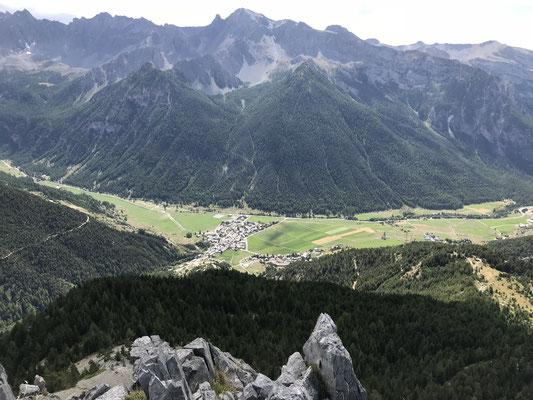 Vue du sommet sur Saint-Véran