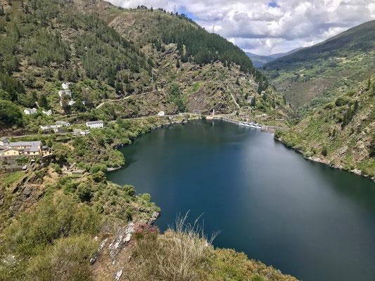 Lac vers Grandas de Salime.