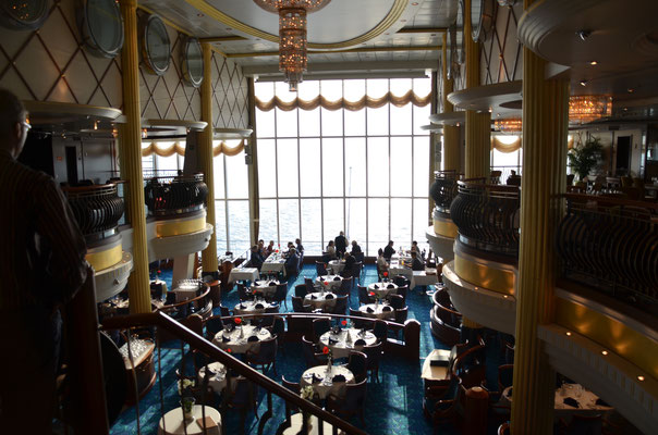 Das große Restaurant
