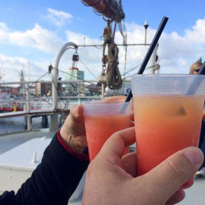 Einen Cocktail gab es auch