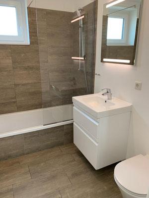 Kristall-Reinigungsservice Baureinigung Badezimmer