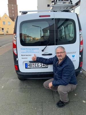 Kristall-Reinigungsservice Neues Elektrofahrzeug, Wir wollen Co2 sparen