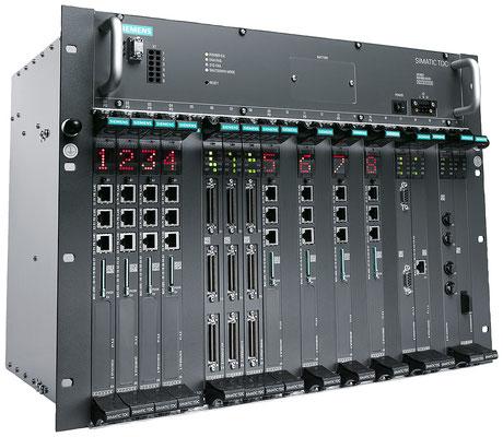 SIMATIC TDC, bestücktes Rack © Siemens AG 2019, Alle Rechte vorbehalten